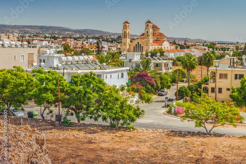 Вид на город Пафос, Кипр.