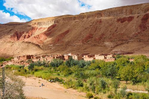 Fotobehang Marokko Marokko - Vallee des Roses