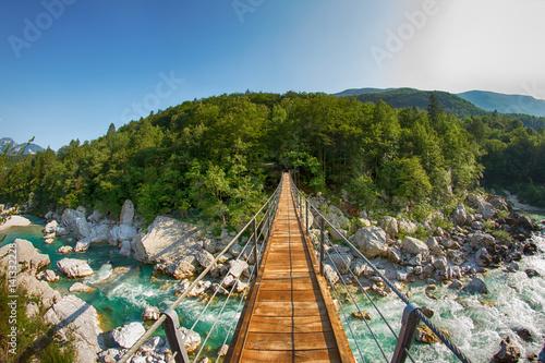 Hängebrücke an der Soca, Slowenien