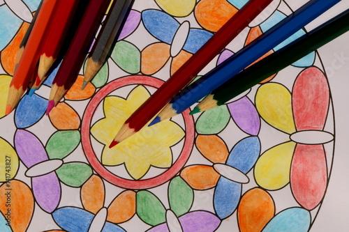 Stress reduction, Stressreduktion durch Malen, Mandala malen, Erwachsenenmalbuch