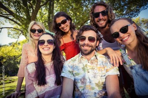 Billede Group of friends smiling in park