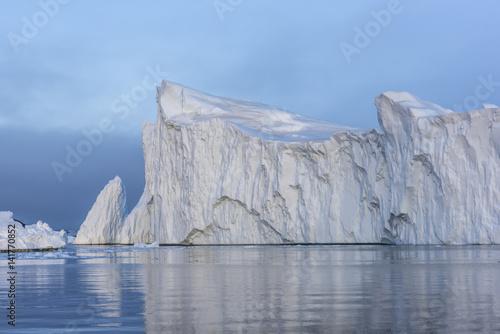 Spoed canvasdoek 2cm dik Antarctica View of iceberg from Greenland.