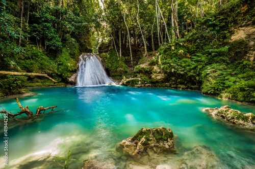 Blue hole waterfall - 141944295