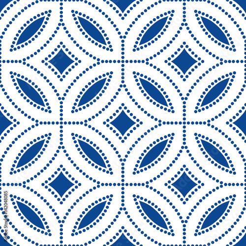 Dark Blue Flower Pattern Beads Background - 142048085