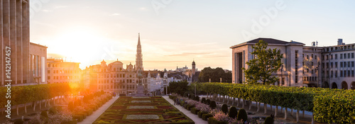 Foto Spatwand Brussel Cityscape of Brussels at sunset
