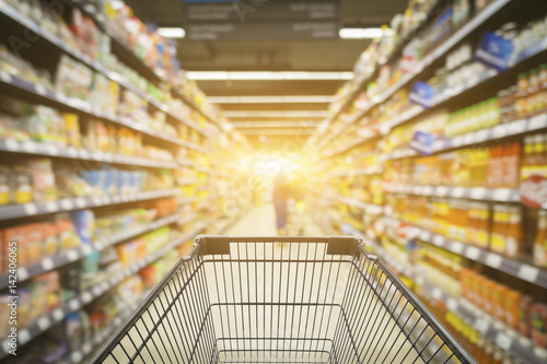 Keuken foto achterwand Boodschappen Abstract blurred photo of store with trolley in department store bokeh background,Shopping cart in supermarket and Home Hardware and furniture Stores