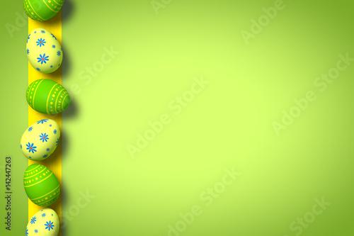 Ostereier auf grünem Hintergrund / Ostern