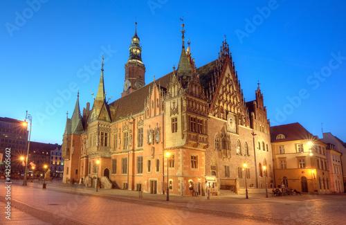 Zdjęcia na płótnie, fototapety na wymiar, obrazy na ścianę : Wrocław ratusz
