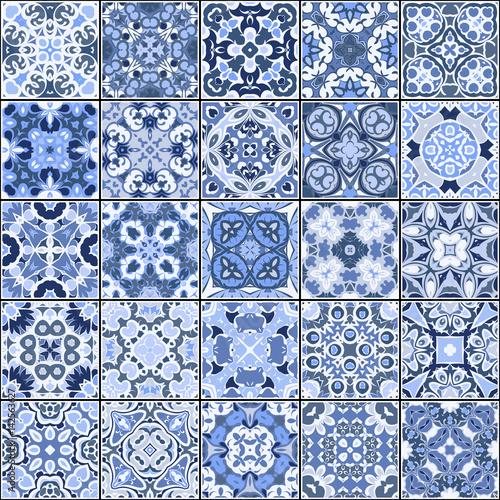 kolekcja-plytek-ceramicznych-w-kolorach-niebieskim-zestaw-kwadratowych-wzorow-w-orientalnym-stylu-ilustracji-wektorowych