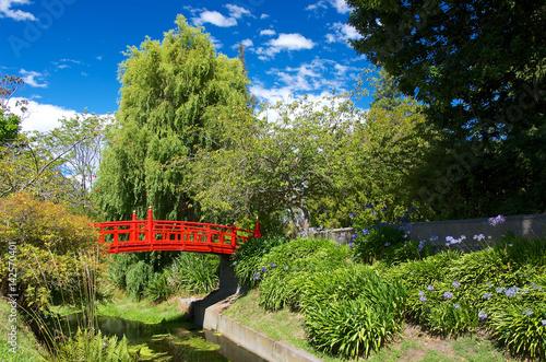 Poster オアマル植物園の赤い日本橋