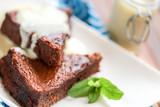 gâteau au chocolat avec Crème anglaise 5 - 142617872