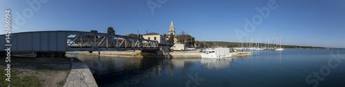 Fototapeta Drehbrücke in Osor auf der Insel Mali Losinj,Kroatien,