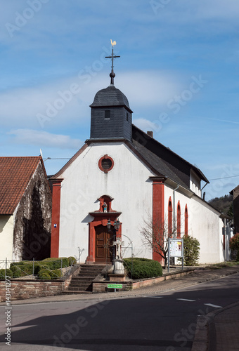 Kirche - Kapelle in Menningen