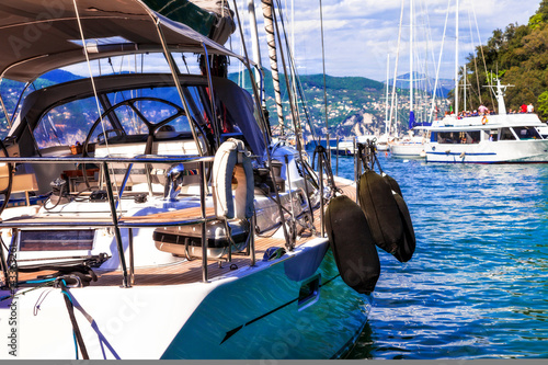 Poster Luxury  yacht in harbour of Portofino, Italy