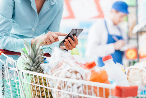 Shopping and mobile apps