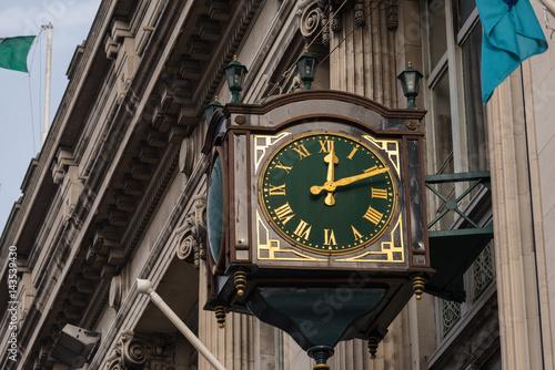 Poster Green street clock