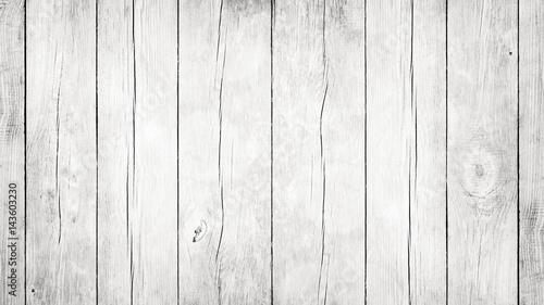 Weißer Hintergrund aus alten Holzbrettern - 143603230