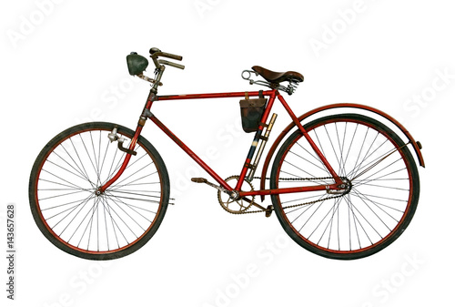 Foto op Plexiglas Fiets Antique rusted bicycle isolated on a white background. Retro red bike.