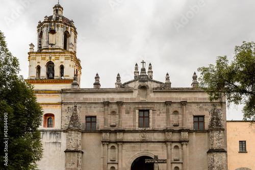 Foto op Plexiglas Kiev Parish of San Juan Bautista, Coyoacan. It is one of three oldest churches in Mexico City