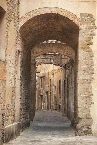 Italia,Toscana, Pistoia, un vicolo.