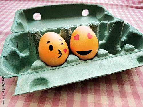 Kiss egg Poster