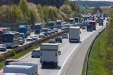 LKW Autobahn Stau Überlastung - 144352292