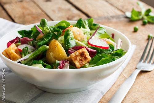Potato salad with vegetables and tofu