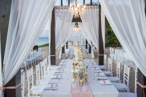 wedding The elegant dinner table on the beach