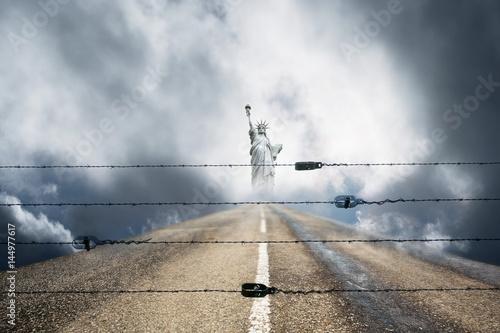 Poster liberté statue droit chemin vie accès interdit loi fondamentaux route objectif s