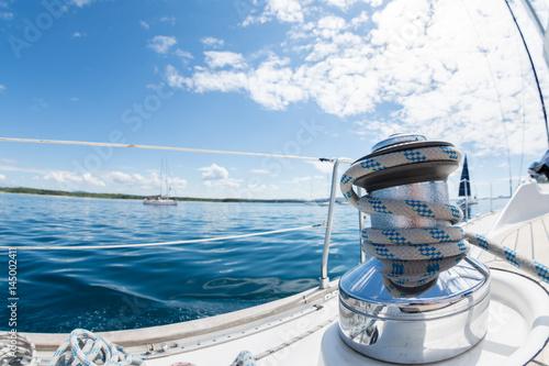 Fotobehang Zeilen Winsch am Segelboot