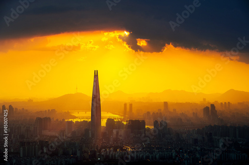 Fotobehang Seoel Sunset and beautiful sky at Lotte world mall in Seoul,South Korea.The best view of South Korea at Namhansanseong Fortress.( Dark tone)