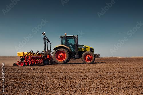 Preparing farm land Obraz na płótnie