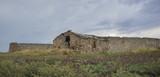 Vecchia stalla abbandonata