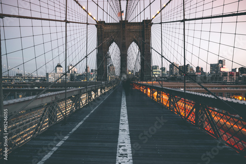 Foto op Aluminium Brooklyn Bridge Traffic on Brooklyn Bridge - New York