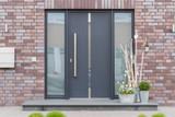Moderne Haustür in anthrazit mit Fensterscheiben - 145374075