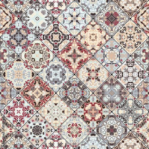 Square scraps in oriental style. - 145497806
