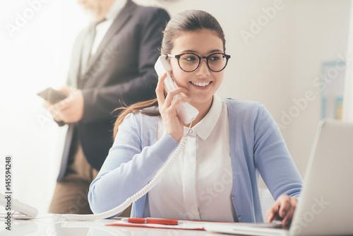 Efficient secretary on the phone