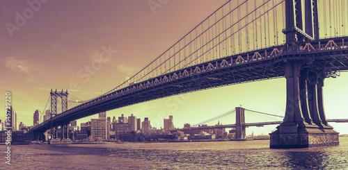 Foto op Plexiglas Brooklyn Bridge Manhattan Bridge Panorama with Dramatic Toning