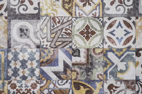 Kolorowe płytki marokańskie, ozdoby, mozaiki podłogowe tekstury