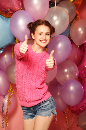 lifestyle and people concept: Portrait of happy young woman show Poster