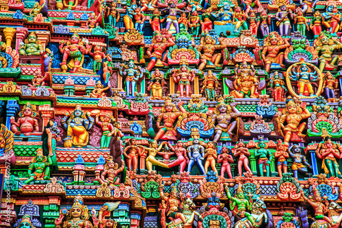 Foto Murales Colorful carved walls of the Indian temple.