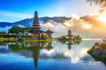 pura ulun danu bratan temple in Bali, indonesia. © tawatchai1990