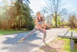 Junge Frau beim Jogging - Laufen - Sport
