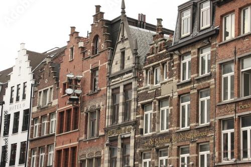 Tuinposter Antwerpen Häuserreihe in Antwerpen, Belgien