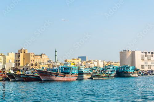 Foto op Canvas Schip Dhow port in Dubai, UAE