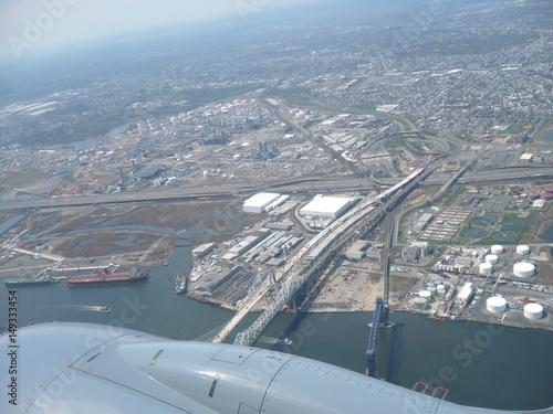 Foto op Aluminium New York TAXI Flying over Newar airport
