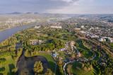 Bonn - Blick über den Freizeitpark Rheinaue zum Siebengebirge