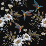 Humming bird and chamomile embroidery seamless pattern. Beautiful hummingbirds and white chamomile embroidery on black background. Template for clothes, textiles, t-shirt design - 150106074