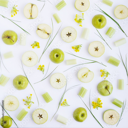 Apple pattern. Fresh green apples in a cut. Abstract food background. - 150126012