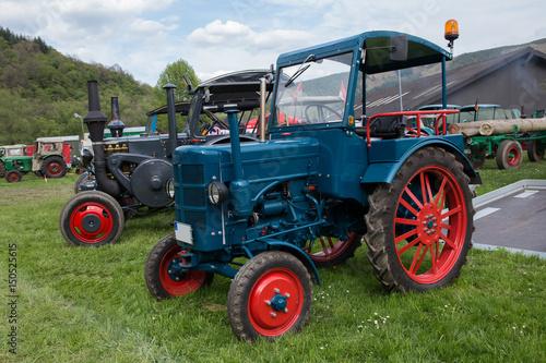 Aluminium Trekker alter Traktor